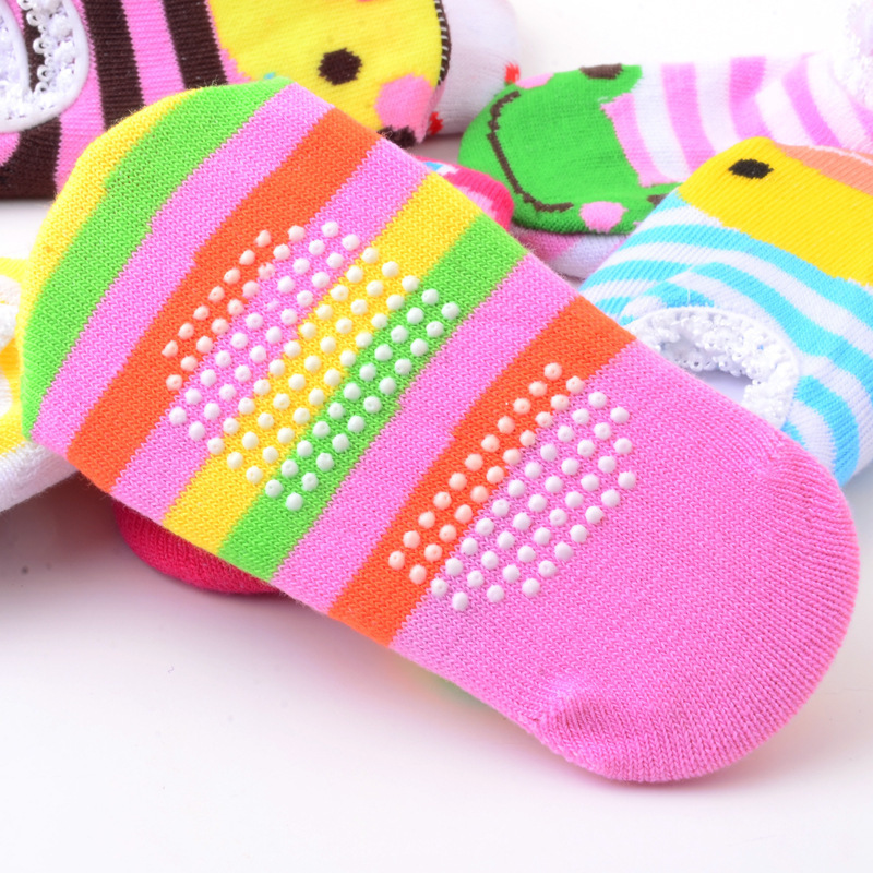 baby-shoes-The-new-ultra-popular-cartoon-nissen-lace-floor-socks-baby-socks-children-socks-cartoon-3