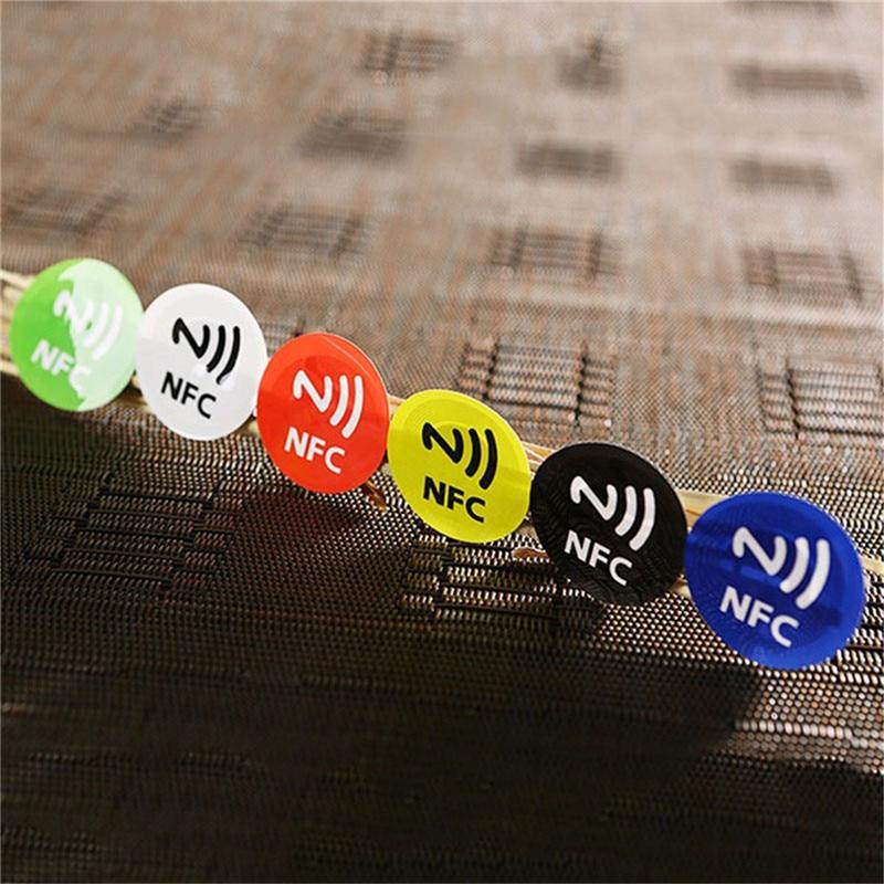 HTB1CRqKXmtYBeNjSspkq6zU8VXaZ NFC Tags Stickers NTAG213 NFC tags RFID adhesive label sticker Universal Lable Ntag213 RFID Tag for all NFC Phones 6pcs/lot
