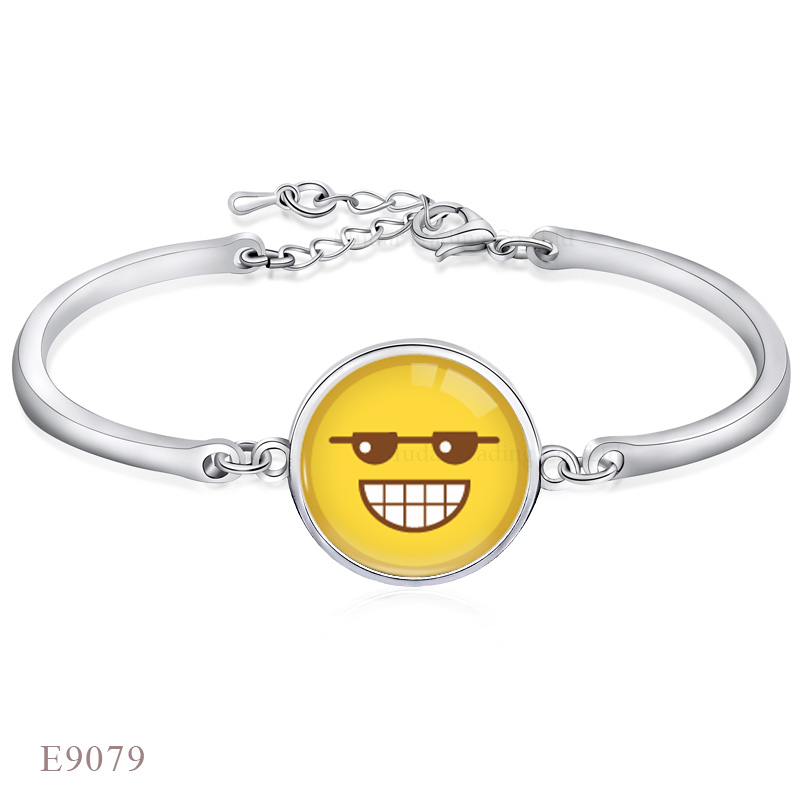 Fashion Adjustable Silver Smile face Expression Charm Design Open Bangle Bracelet for Lover Women Gift Glass Cabochon Chain Link