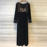 Зимние вышитые платья женские элегантные длинные черные вельветовое платье для женщин с длинным рукавом Мода Взлетно посадочной полосы 2018