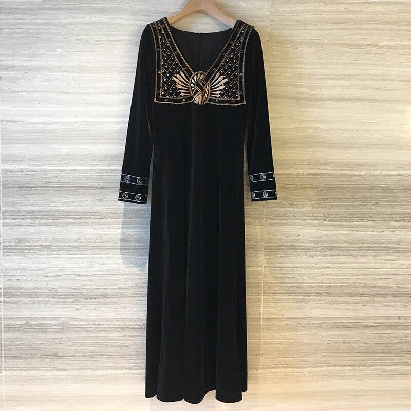 Hiver robes brodées dames élégant longue robe en velours noir femmes à manches longues mode piste 2018