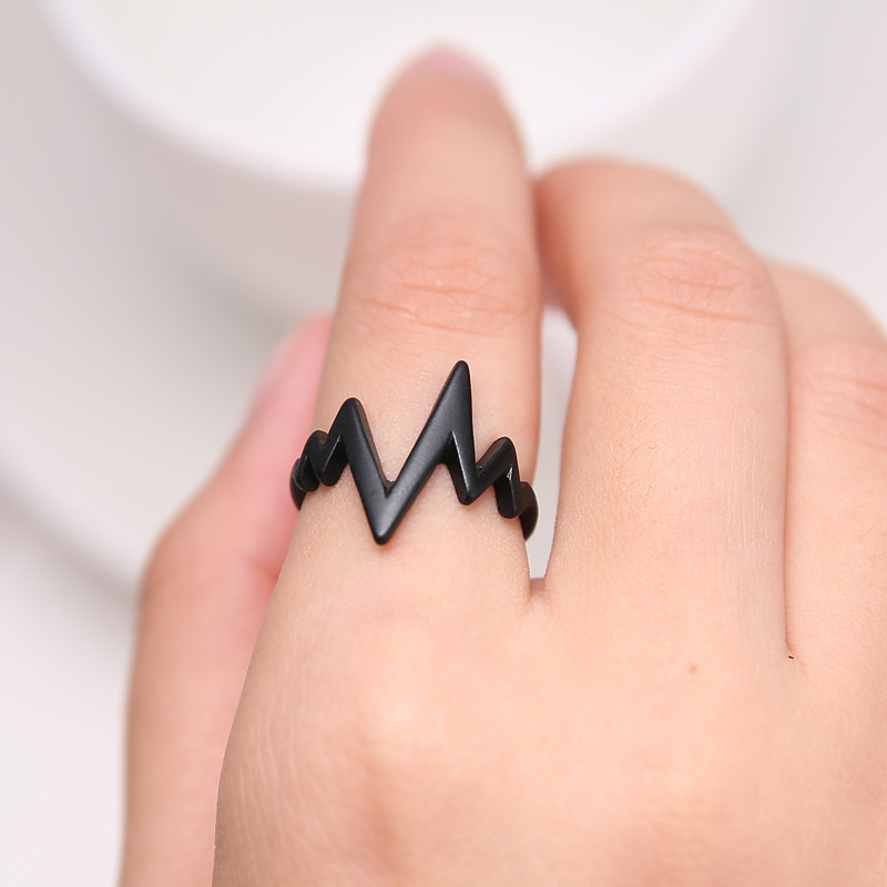 Lightning Shape Ring For Men And Women Fashion Punk Rings Men jewelry 3 Colors Anillos Mujer