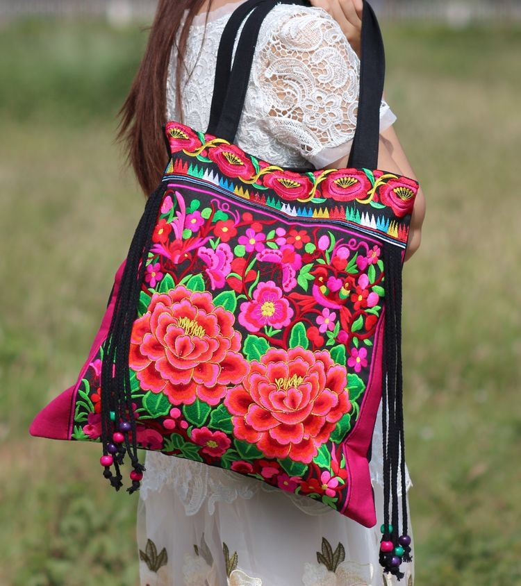 Vintage Embroidery Women National Bags Handmade Flower Embroideried Ethnic Cloth Shoulder Bag with tassel women handbag 2016 summer national ethnic style embroidery bohemia design tassel beads lady s handbag meessenger bohemian shoulder bag page 6