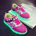 2017 Nueva 2.1 Estilos Niños Zapato de Carga USB LLEVÓ La Luz Soft Net Respiro Casual Boy Girl Antideslizante Luminosa Niños Inferiores shoes