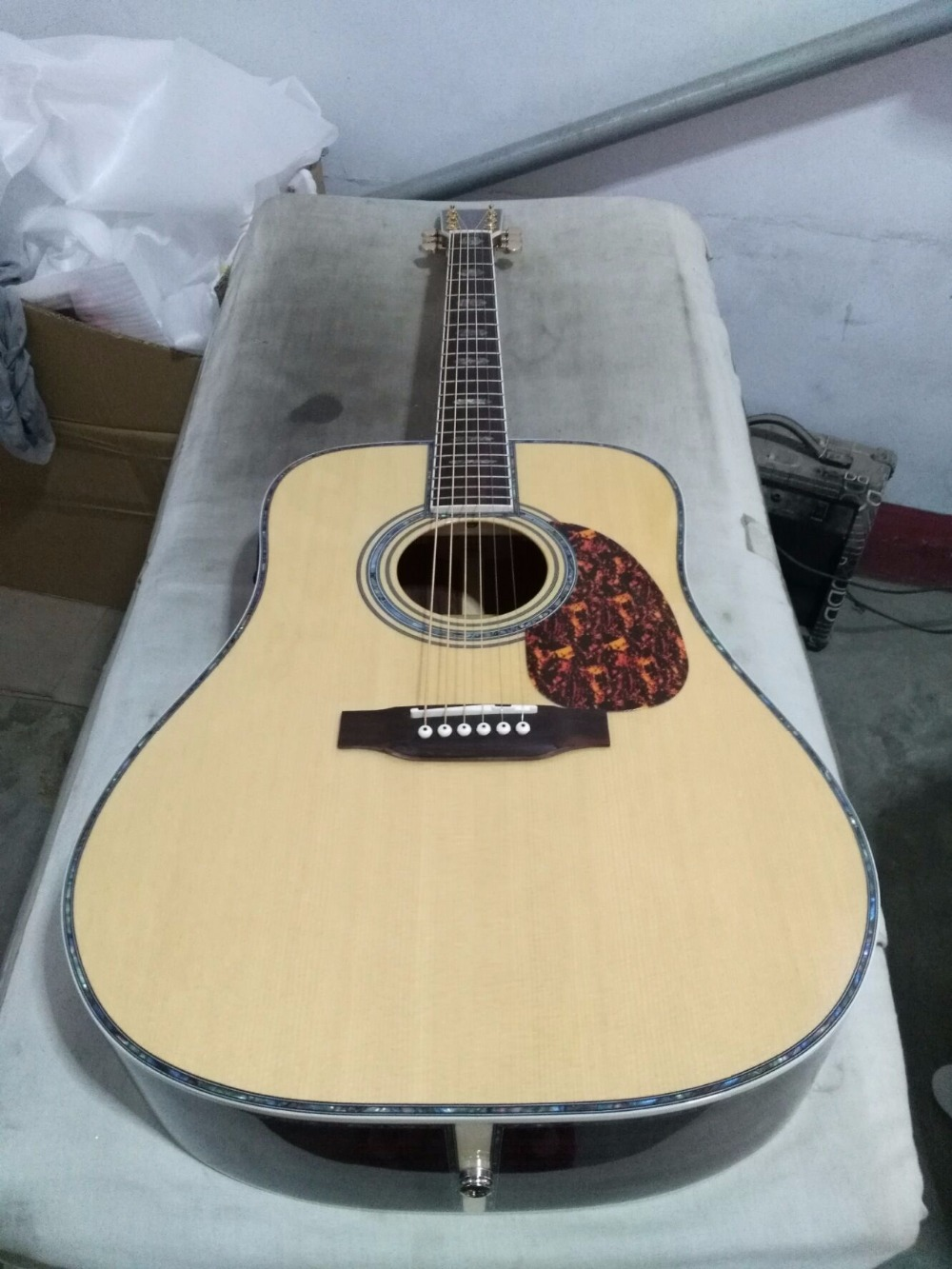 free shipping Deluxe Dreadnought 41 inches Acousic guitar, solid wood guitar with 301eq pickup acoustic electric guitar free shipping new electric guitar open pickup hy 8311