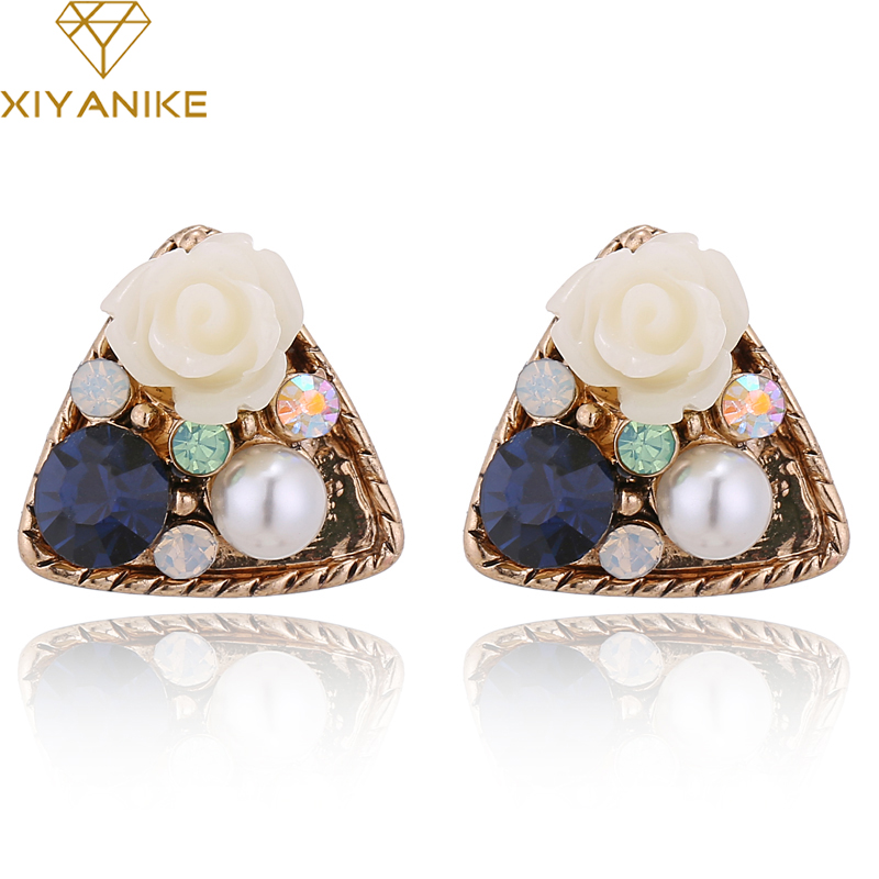 XIYANIKE Exquisite Vintage Triangle Rhinestone Flower Imitate Pearl Stud Earrings For Women Statement Brincos Jewelry 2018 E358
