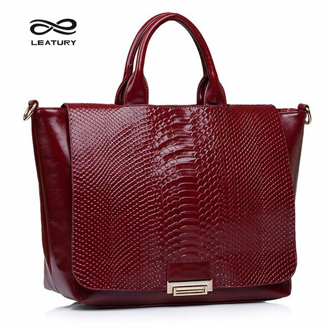 Leatury Essentials Handbag Luxury Shoulder Bag Vintage Snake Skin Tote Bags Brand Designers Edgy Crossbody Handbags