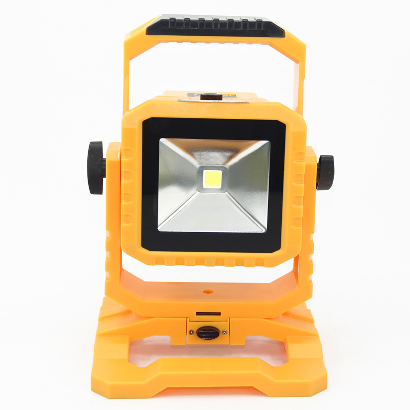 10W LED rechargeable floodlight IP65 waterproof Led Outdoor Lighting lamp with detachable battery case USB output for your phone 65 95 55mm waterproof case