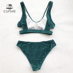Image 2 - Cupshe グリーンエメラルドベルベットソリッドビキニセット女性カットバック二枚水着 2020 女の子ビーチ水着水着