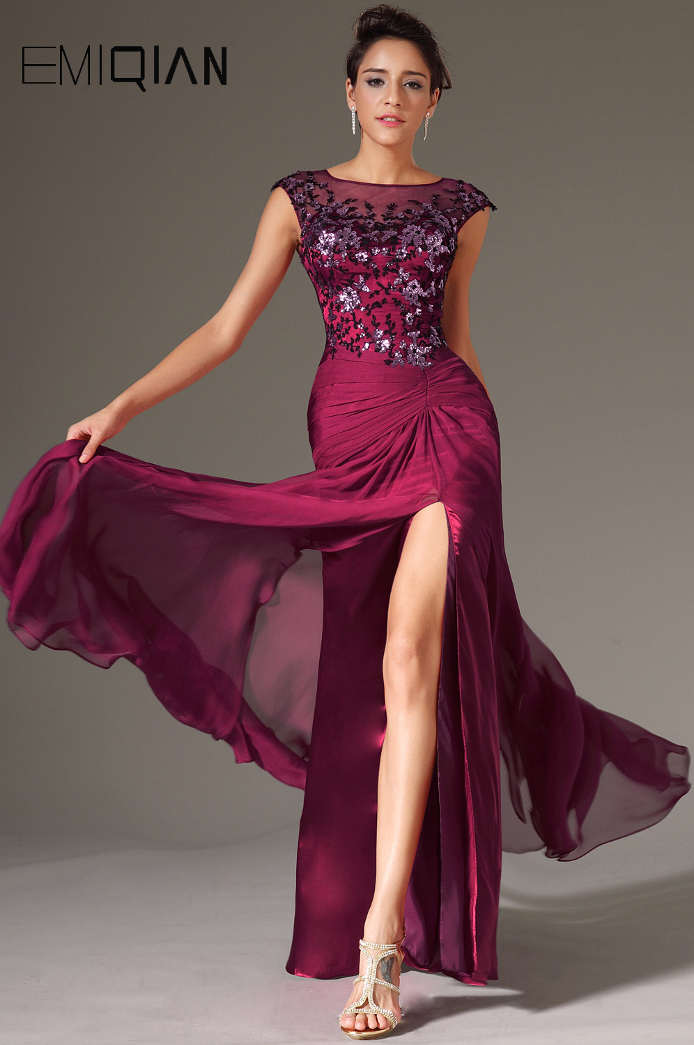 Appliqued Formal Party Gown O Neck Cap Sleeves Front Slit Burgundy Chiffon Evening Dresses