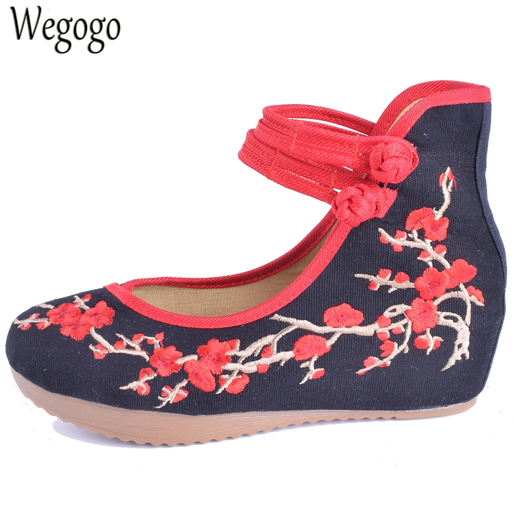 Wegogo Women Pumps Embroidery Shoes Mary Janes Plum Flower Inside Increased Sole Old Peking 5cm Pumps Cloth Shoes Plus Size 43 wegogo women flats shoes old peking mary jane phoenix floral embroidery soft sole zapatos de mujer ballet flat plus size 41