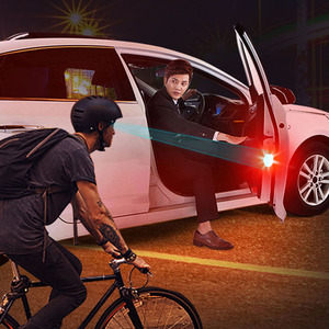 Image 1 - 2X אוניברסלי רכב LED פתיחת דלת בטיחות אזהרה נגד התנגשות אורות פלאש אור אדום ערכת אלחוטי מעורר מנורת אות אור