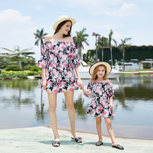 2019 Summer New Mother kids Princess Dress Floral Print Daughter Dresses Holiday Beach Matching Family Outfits