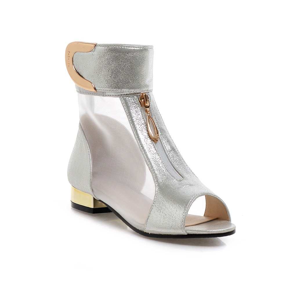 2018 Summer New Elegant Brand Mesh Sandals Metal Decoration Peep Toe Shoes Woman Low Heels Plus Size 34-48 Footwear