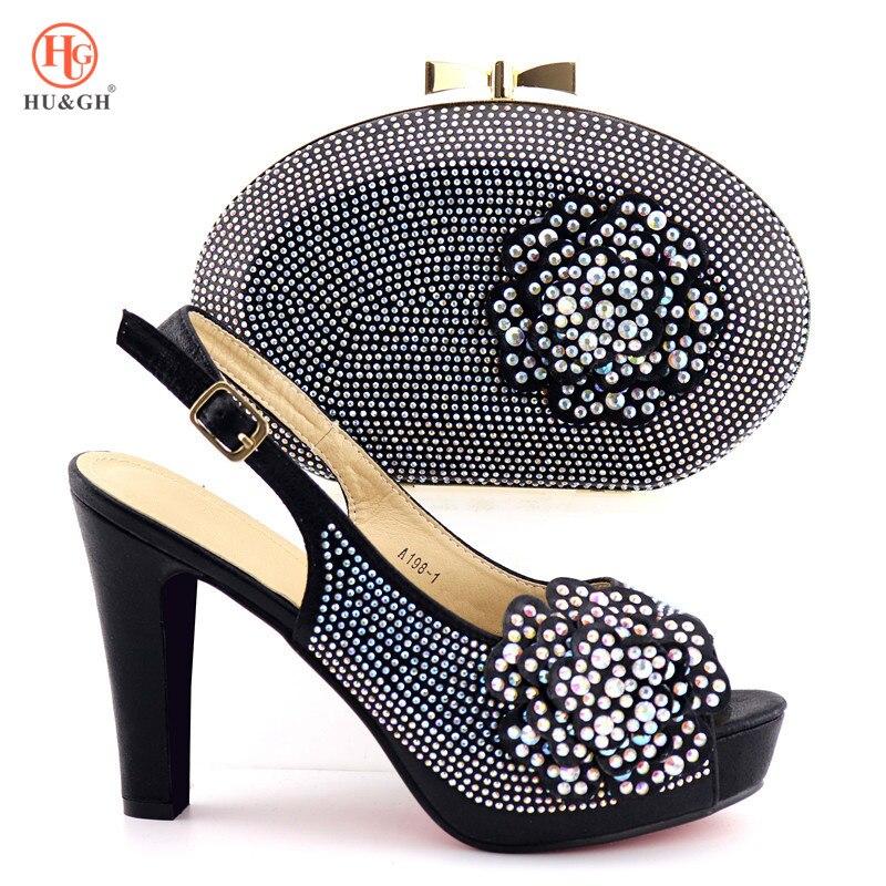 Ayakk.'ten Kadın Pompaları'de 2019 Afrika düğün ayakkabısı ve Çanta Bayan Siyah Renk Ayakkabı ile uyumlu çanta Kadınlar için İtalyan Ayakkabı ve çanta seti Yüksek Kalite'da  Grup 1