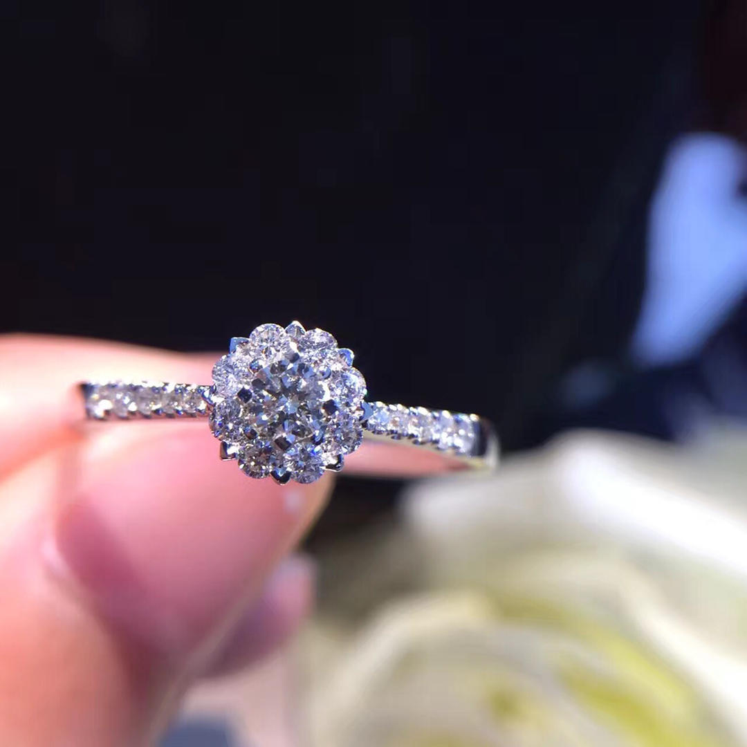 Natural Diamond Ring 18k Pure Gold Wedding Real 750 Solid Classic Trendy Women Hot Selling Present Customizable Party 2018 New hot selling natural onyx 18k gold plated masonic memorial religious party ring size 7 8 9 10 11 12 13 14 15