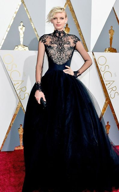 2017 88th Oscar Black Lace Dorith Mous Celebrity Evening Dresses High Neck  Long Sleeves Sweep Train de1fe31ad7f4