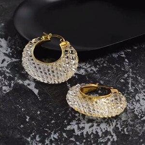 Image 1 - Boucles doreilles pour femmes, cristal, blanc, or acrylique, Bijoux de marque de luxe, à la mode, cerceau, nouvelle collection 2019