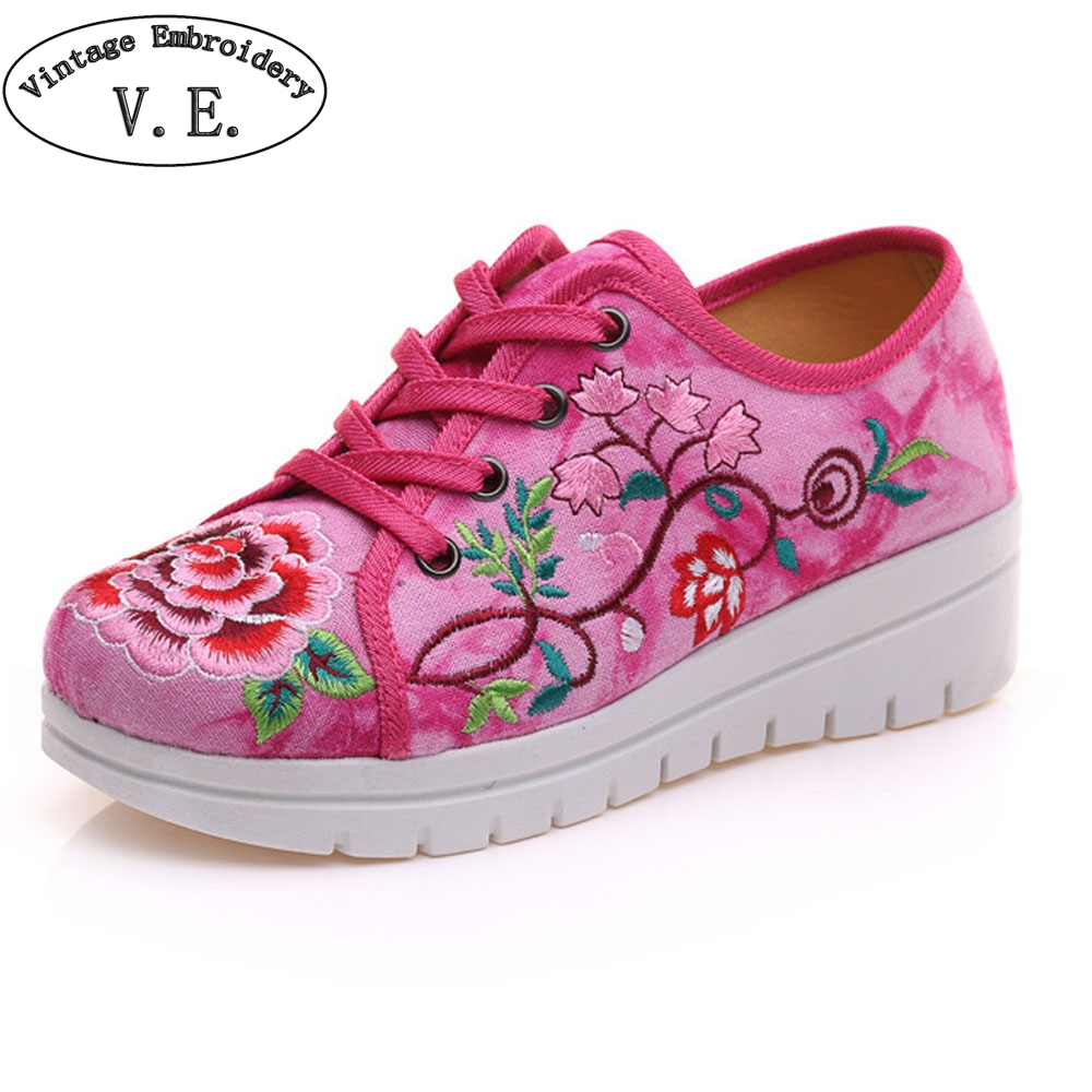 Vintage Chinese Women Flats Shoes Canvas Flower Lace Up Woman Casual Cotton Platforms Cloth Shoes Sapato Feminino Size 34-41 vintage women flats old beijing mary jane casual flower embroidered cloth soft canvas dance ballet shoes woman zapatos de mujer