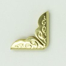 100Pcs Gold Plated Angle DIY Scrapbook Hardware Pattern Carved Book Menus Albums Folders Metal Corners Protectors 20x15mm