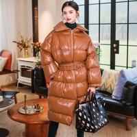 Блестящие Лакированная кожа зимнее пальто Для женщин ветрозащитная теплая длинная куртка Для женщин парки 2019 Новое поступление Для женщин