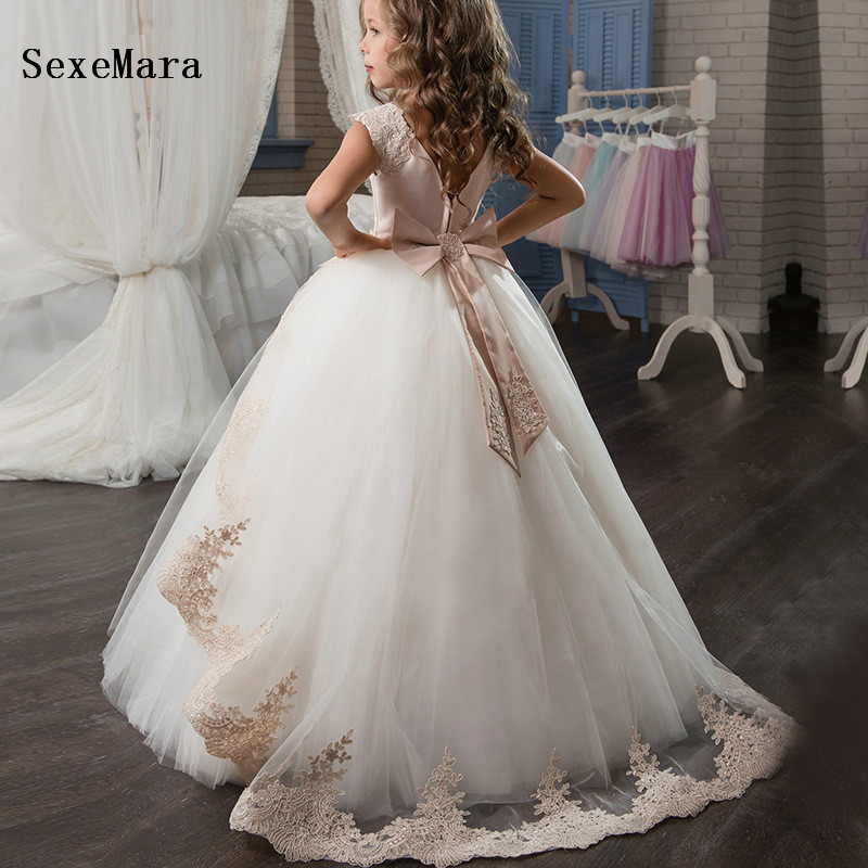 New Customize Flower Girls Dresses For Weddings Lace Appliques Ball Gown Birthday Dress Girl Communion Pageant Gown White Ivory