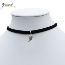 Leaf Feather Shape Pendant Necklace For Women Black Velvet Collares Fashion Jewelry Gothic Bijoux Gift Chocker Necklace