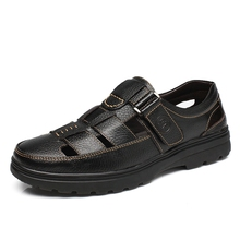 Men Sandals 2019 Summer Casual Leather Flat Shoes Big Size 38-46 Soft Comfortable Round Toe Slip On Leisure Sandals DA0178