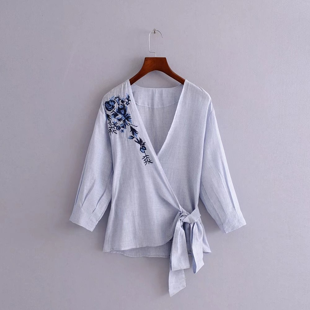 White Cotton Blouses For Summer