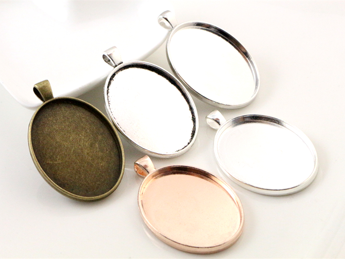 5pcs 30x40mm Inner Size 5 Colors Plated Simple Style Cabochon Base Setting Charms Pendant Tray For Necklace5pcs 30x40mm Inner Size 5 Colors Plated Simple Style Cabochon Base Setting Charms Pendant Tray For Necklace