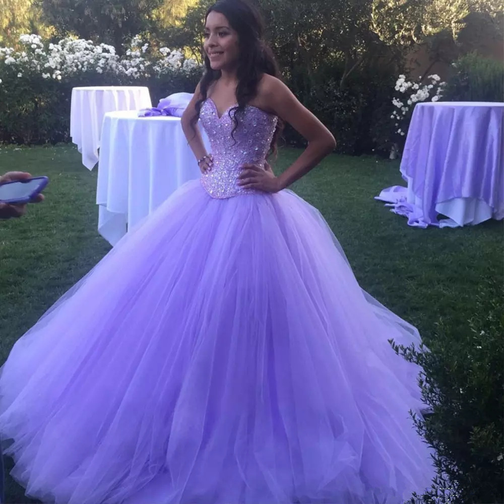 Sparkly Lavender Tulle Ball Gown Quinceanera Dresses Sweetheart Sequined Party Quinceanera Gowns Fluffy Prom Dress