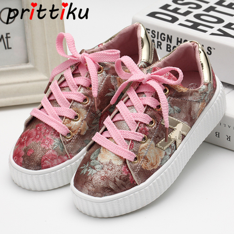 2018 Toddler Girls Boys Flower Print Fashion Sneakers Little Kid Red Silver Trainer Big Children Brand School Sport Skate Shoes