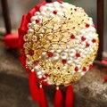 7 дюймов Пользовательские Красный Брошь Букет Свадебные невесты Кристалл Жемчуг золото Букет, китайский стиль Свадебные украшения Кисточкой творческий