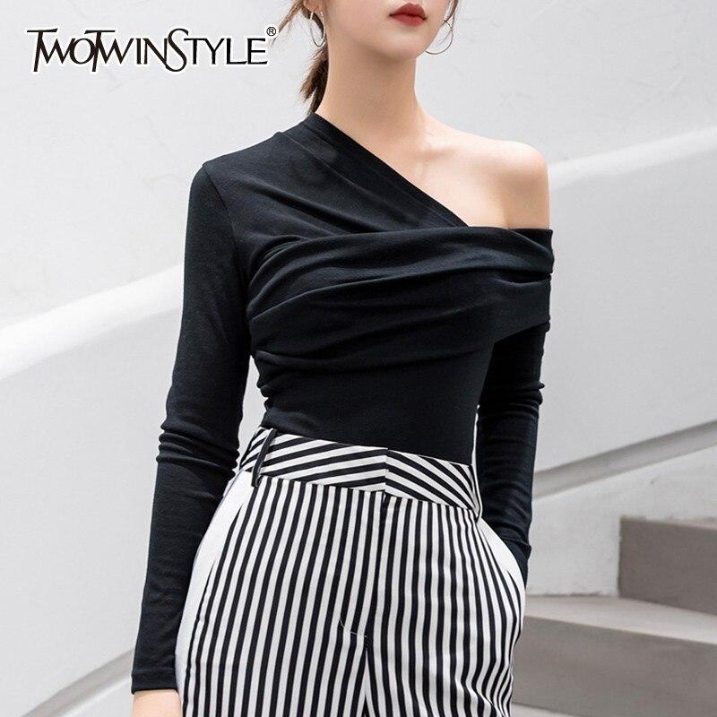 Twotwinstyle sexy fora do ombro assimétrico camisetas femininas topos feminino magro manga longa moda preto tshirt outono 2019