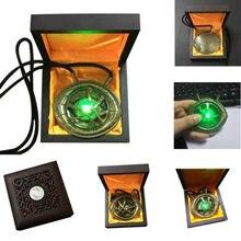 Doktor Strange Eye of Agamotto Cosplay naszyjnik wisiorek stop LED Light naszyjniki akcesoria do biżuterii prezent