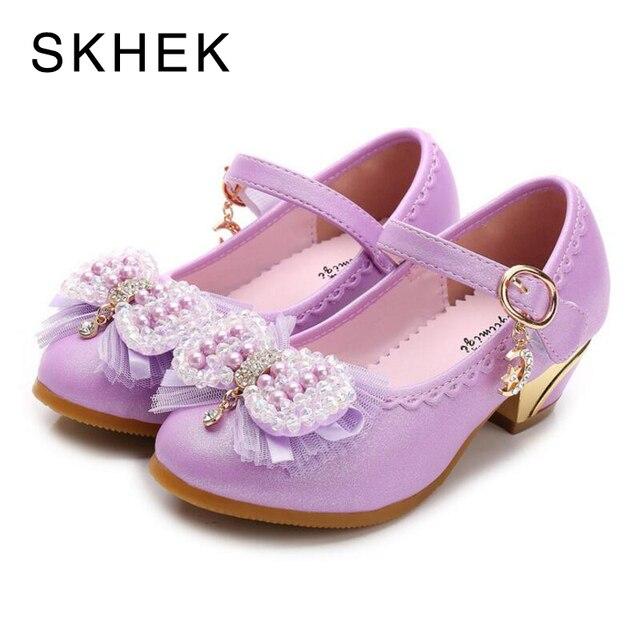 SKHEK Flowers Girls Princess Shoes Sandals New Brand Summer Children  Wedding Shoes For Student Glitter Kids Party Shoe Size e86507ebcf41