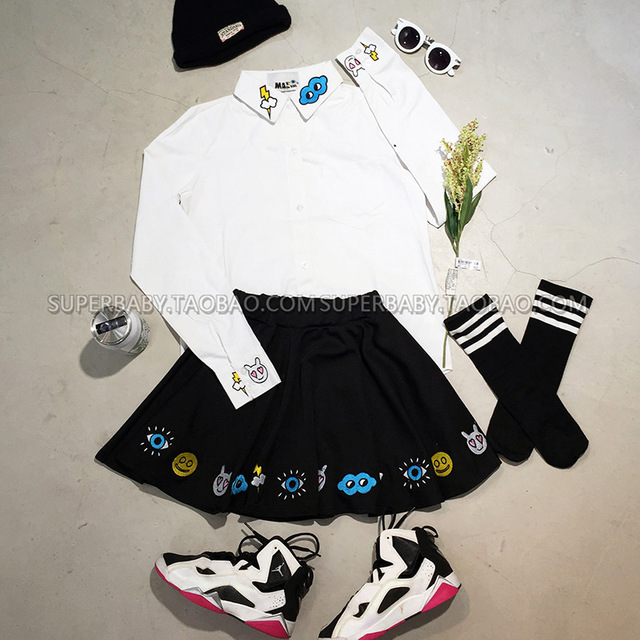 Harajuku style cute eyes smiling face lightning embroidered white shirt + black short skirt set of street fashion dress 1418