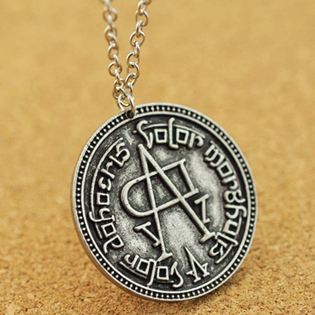 Game of Thrones Song of Ice and Fire Faceless Man Coin Pendant Necklace