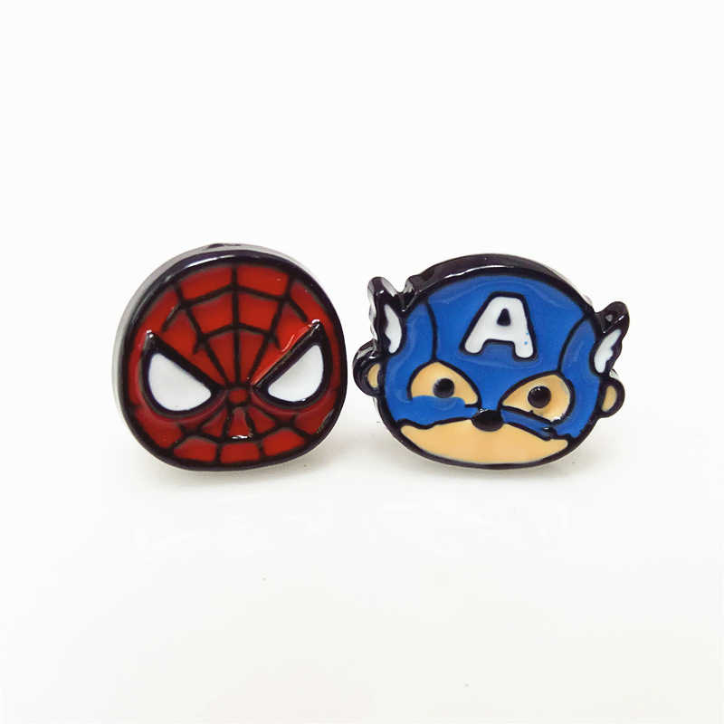 Vengadores Capitán América pendientes de broche Cosplay accesorios Spider Man Deadpool Metal esmalte pendientes mujeres regalos de Navidad para niña