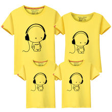 Семейная Одинаковая одежда для мамы и дочки наряды сына летняя