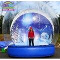 Decorações de natal ao ar livre gigante tirar fotos dentro do globo de neve inflável para o ser humano