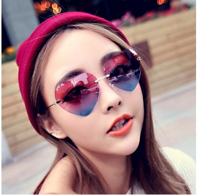 9cecd28e0 Love form reflective gradient color sunglasses women pink blue Couples  sunglasses Lovely heart Lady cute sunscreen