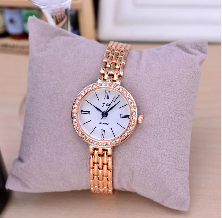 Fashion Rose Gold Retro Watches Women Top Luxury Brand Ladies Quartz Watch Famous Watch New Clock Relogio Feminino Hodinky XFCS fashion rose gold bracelet watches women top luxury brand ladies quartz watch famous clock relogio feminino montre femme hodinky