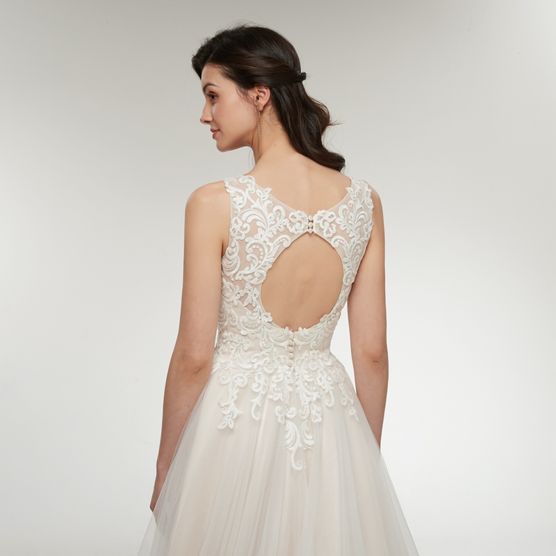 Beautiful Appliques Lace Pearls Backless Princess Beach V-neck Sleeveless Wedding Dress