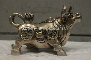xd 0043 Chinese Folk Culture Handmade Old Bronze Silver Statue Lucky Cow OX Sculpture