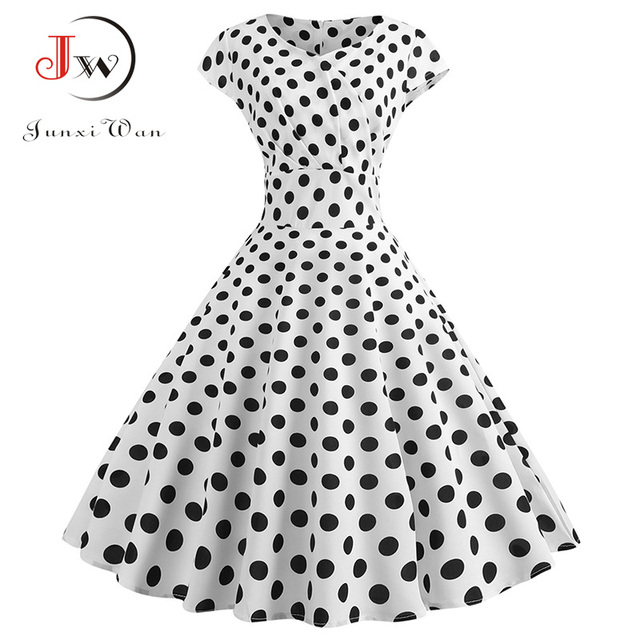 classic shape and gorgeous print dress. casual and elegant at once  also pettiskirts 5