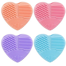 2017 New Hot Silicone Heart-shaped Silicone Fashion Egg Cleaning Glove Makeup Washing Brushes Scrubber Tool Cleaners maquiagem