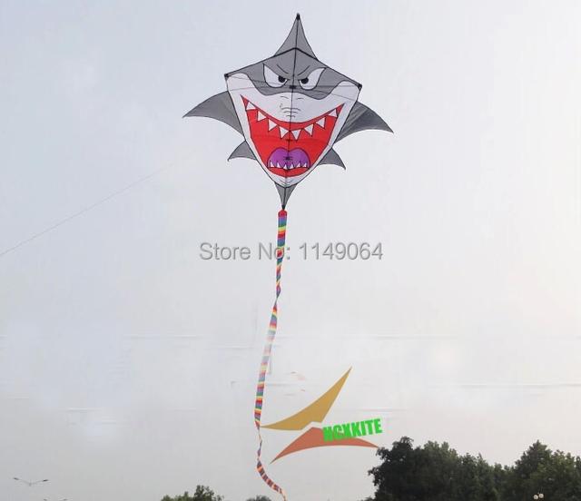Alta calidad del envío grande kite tiburón con mango línea de weifang kite flying hcxkite fábrica ripstop nylon juguetes exterior