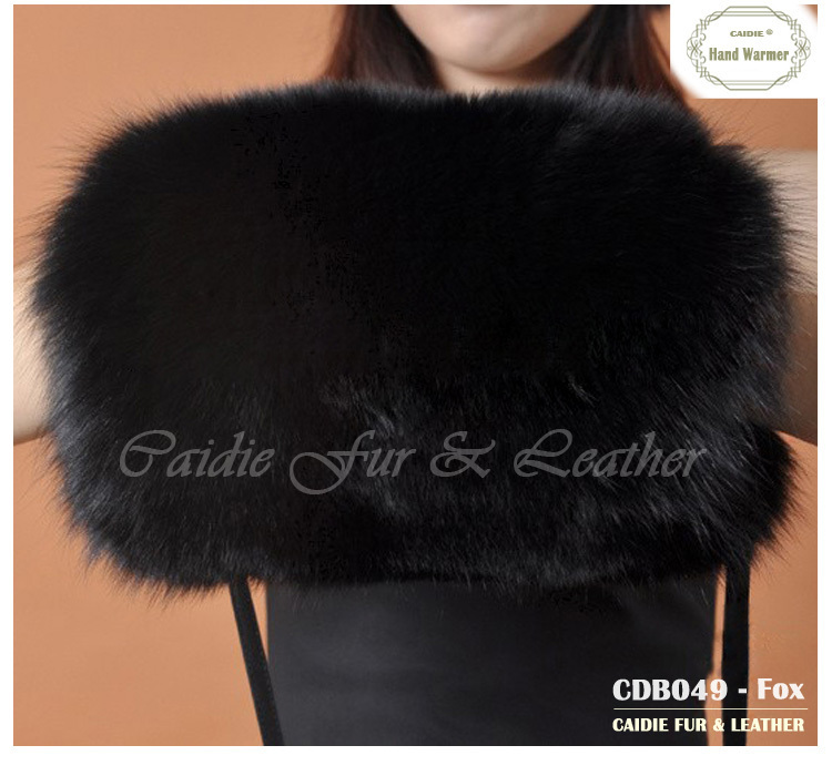 2018 Fashion Real Fur Hand Warmer Genuine Fox Fur Warmer In Winter