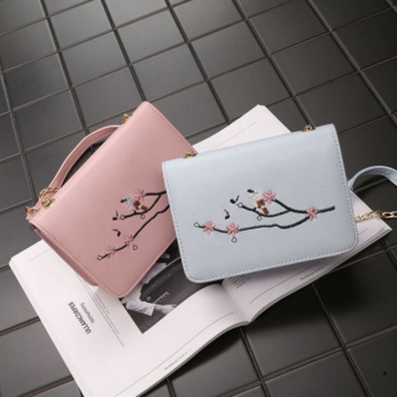 European and American fashion Embroidery Small bag Spring and summer New Leisure Shoulder Bags Trend Chain Diagonal Small ba